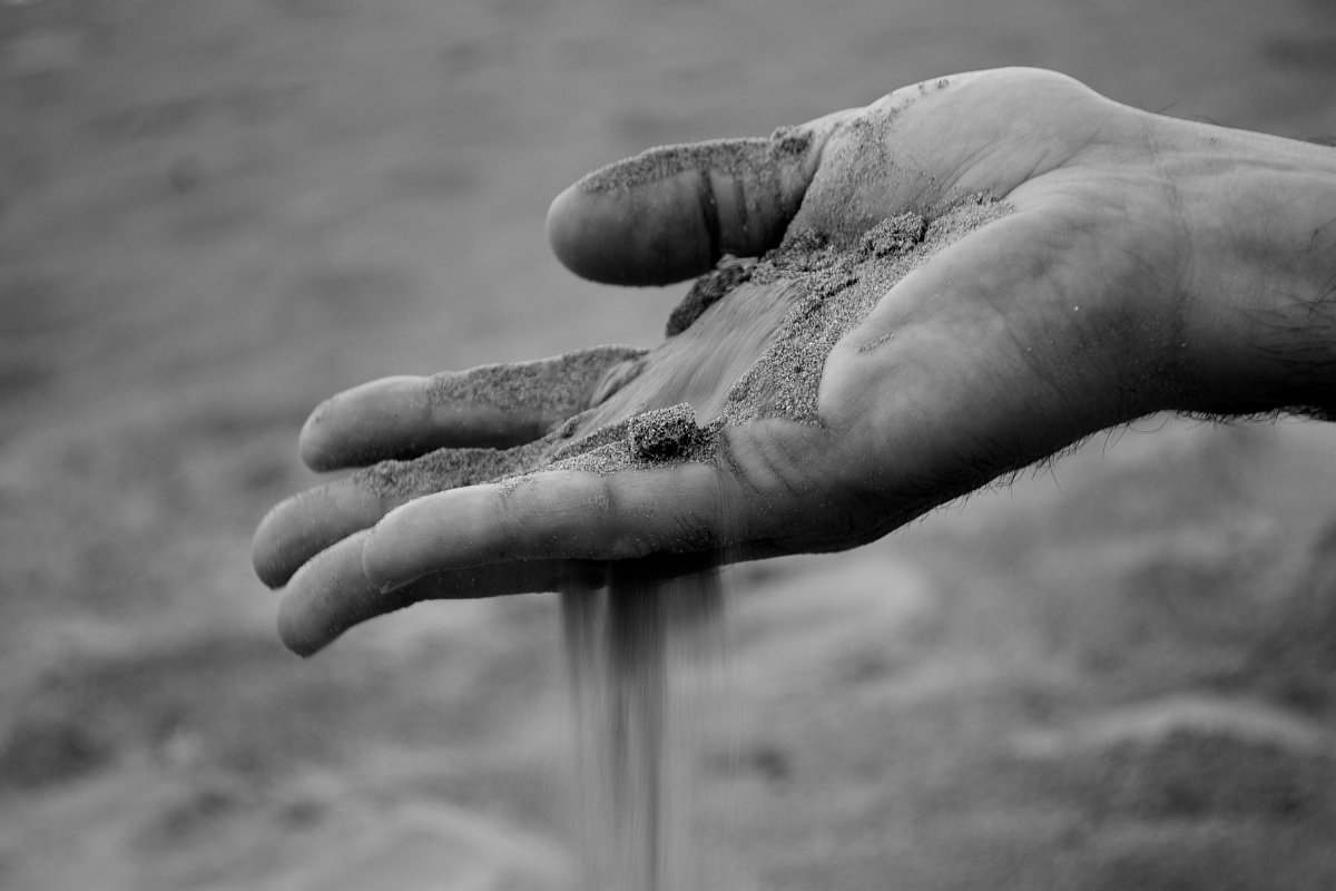 L'umiltà del granello di sabbia