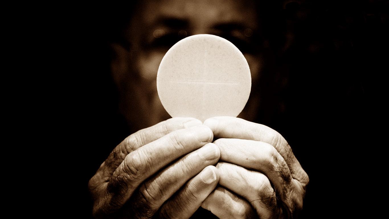 Eucaristia, significato in sé e per la vita di ciascuno di noi