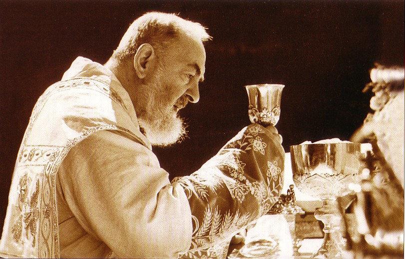 La celebrazione della Santa Messa vissuta da Padre Pio
