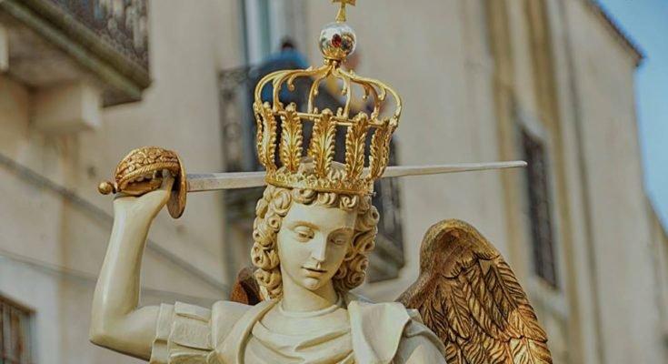 Per intercessione di San Michele Arcangelo, salvi l'Italia e le nostre anime